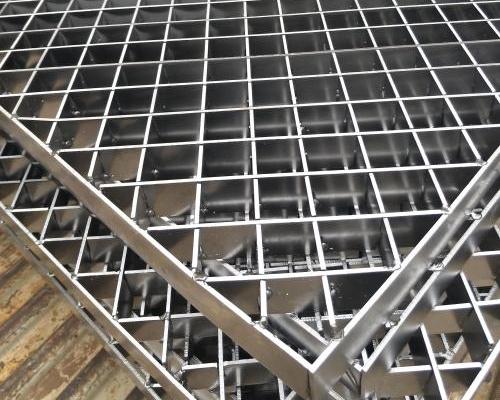 不锈钢钢格板厂家